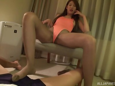 Sweet Japanese girl adores to fuck with her handsome boyfriend