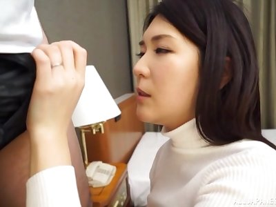 Japanese brunette MILF Ikegami Mahiro fucked by a stranger at a hotel