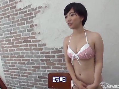 Amateur Japanese brunette has her hairy pussy ravaged on the bed