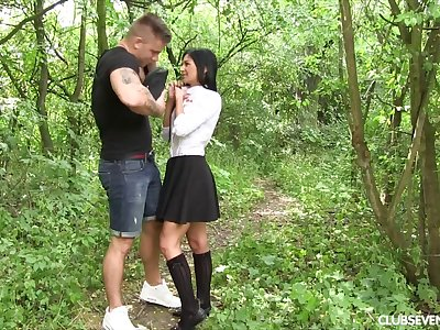 Hardcore shacking up adjacent to outdoors with closely-knit tits babe Chrissy Fox