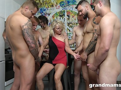 Retired whore Marta goes wild with team a few hot together with young dudes